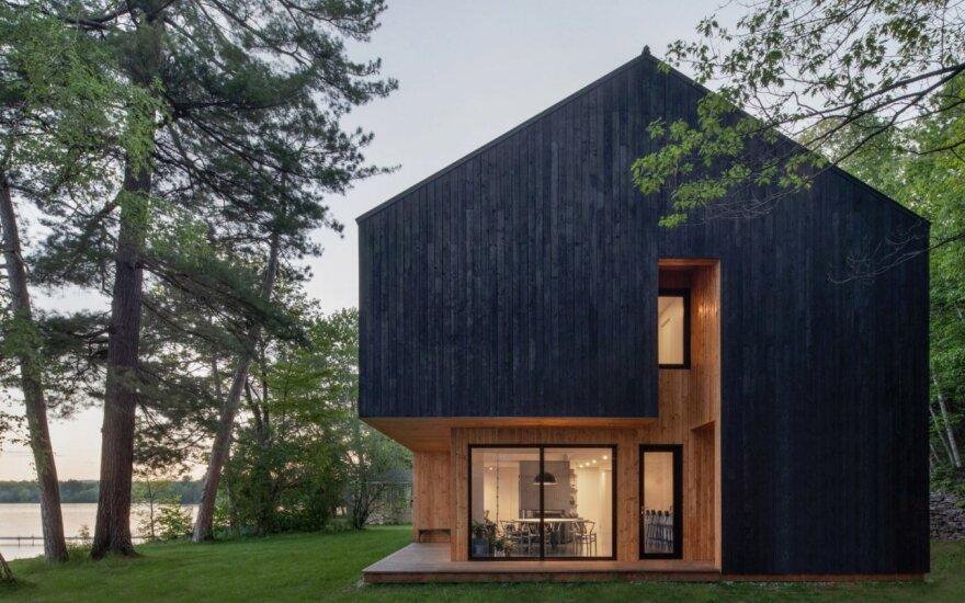 Išskirtinio dizaino namas vasarai