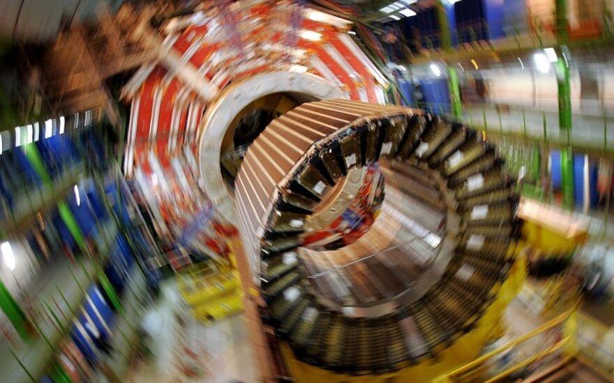 LHC montavimas