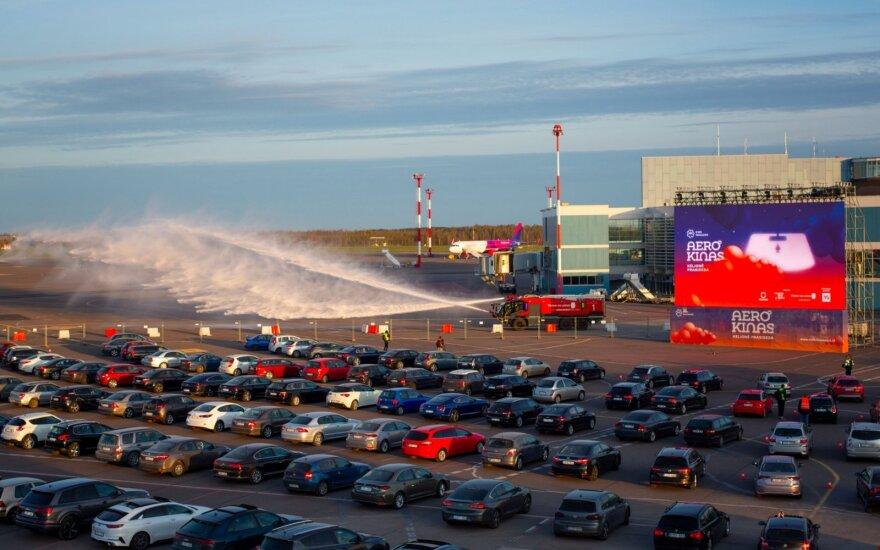 Per karantiną autokiną aplankė beveik 14 tūkst. automobilių