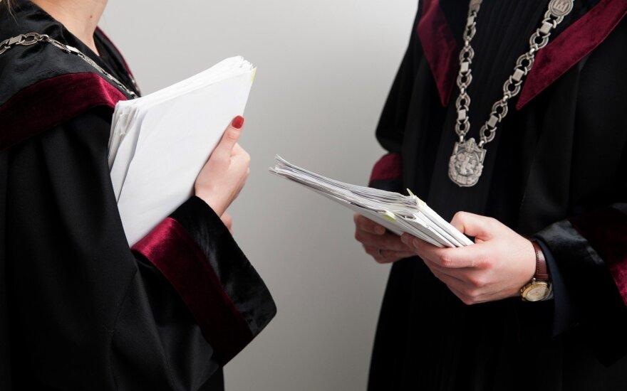 Teisėjas: dėl atleidimo iš darbo per metus teisiasi daugiau nei 1000 žmonių