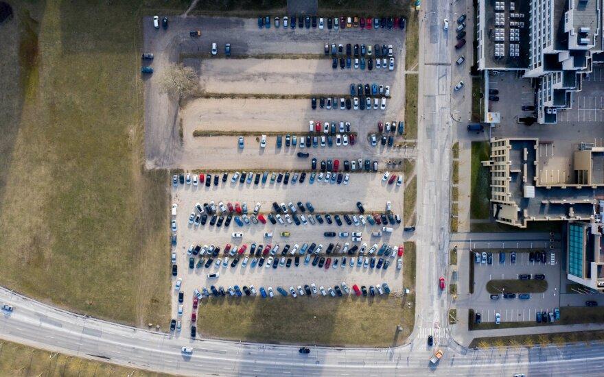 Pandemija automobilių įperkamumo Lietuvoje nesumažino