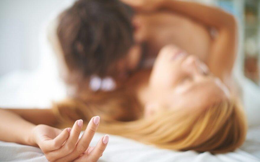 Moteris – atvirai apie erotinį romaną: tai pornografija, kuri baigiasi vestuvėmis