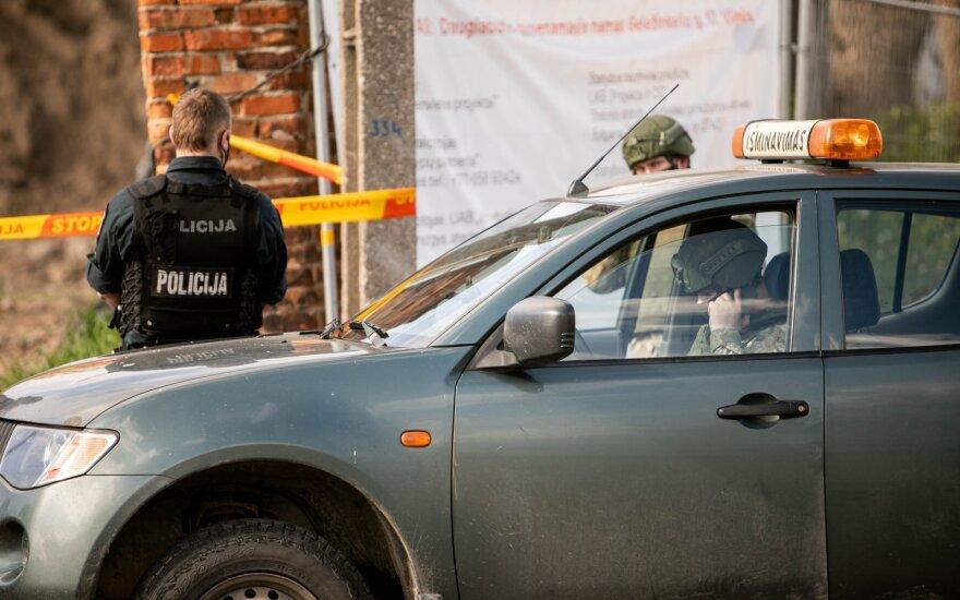 Radviliškio rajone rasta kuprinė su granatomis ir šaudmenimis
