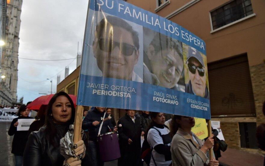 Javieras Ortega, Paulis Rivasas, Efrainas Segarra