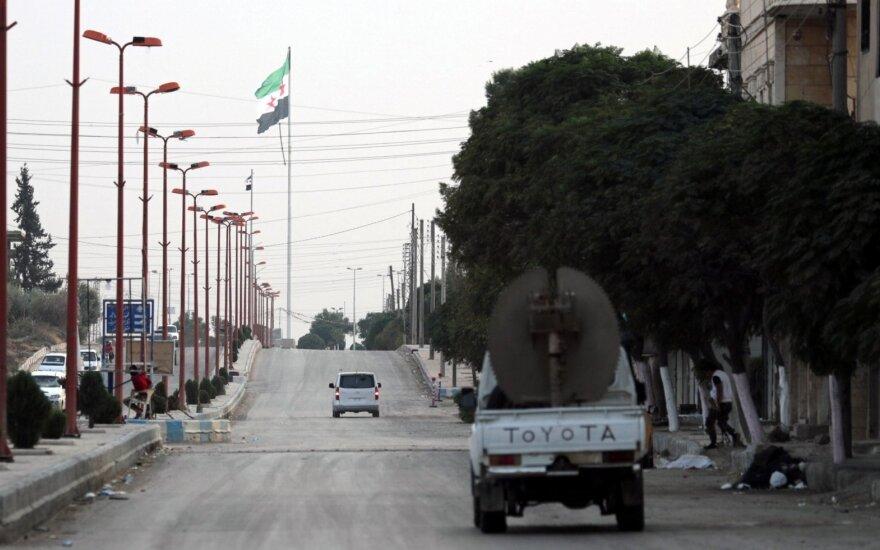 Turkija užsimena, kad gali perduoti Damaskui turkų kontroliuojamas teritorijas Šiaurės Sirijoje