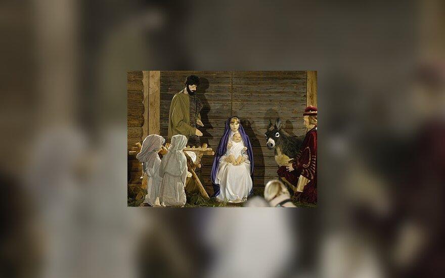 Iš šventinių dienų sąrašo siūlo išbraukti Gegužės 1-ąją ir įtraukti Kūčias