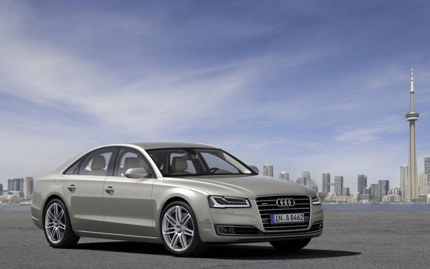 """Dabartinis """"Audi A8"""" šiemet užleis vietą naujam modeliui"""
