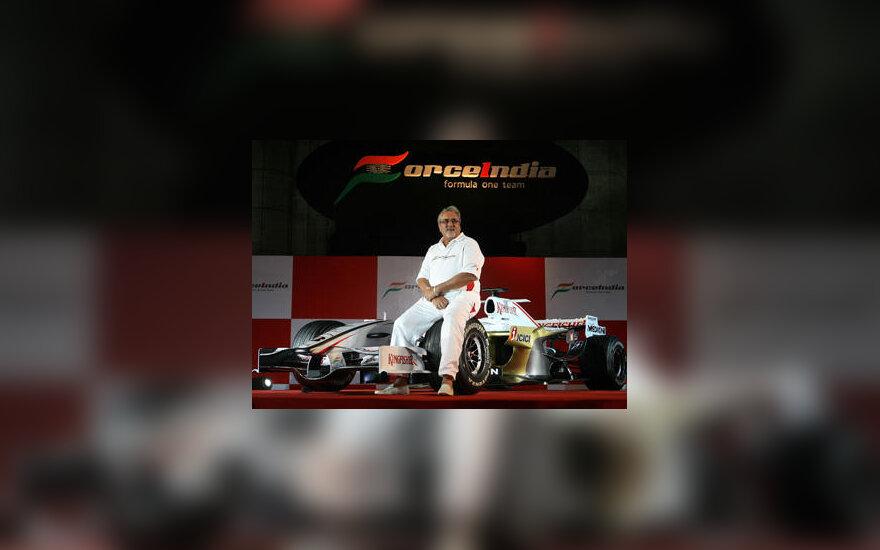 "Vijay Mallaya pristato naująjį ""Force India VJM01"" bolidą"