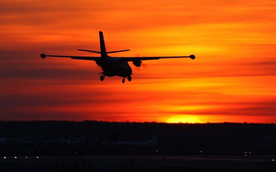 Užmigęs lėktuvo pilotas praskrido kelionės tikslą