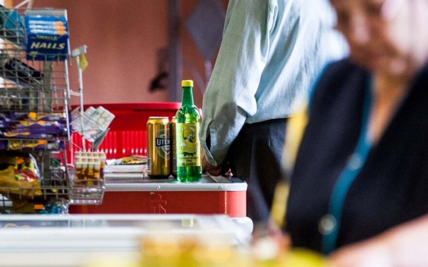 Kaip keičiasi mąstymas, vystantis priklausomybei nuo alkoholio