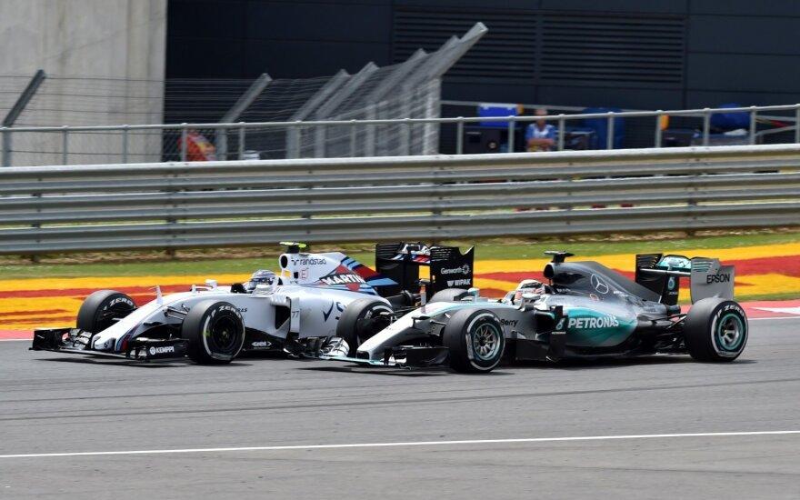 Felipe Massa ir Lewisas Hamiltonas