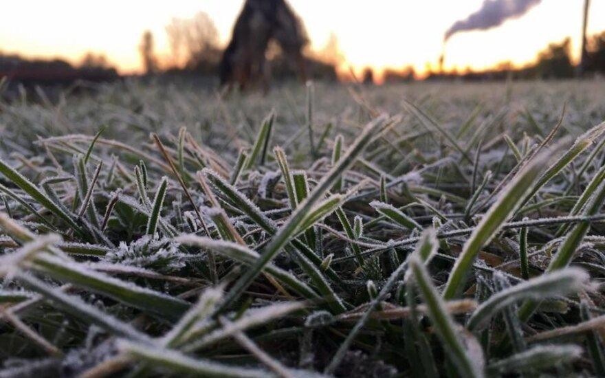 Sinoptikai nieko gero nežada – nustojus lyti pradės šalti