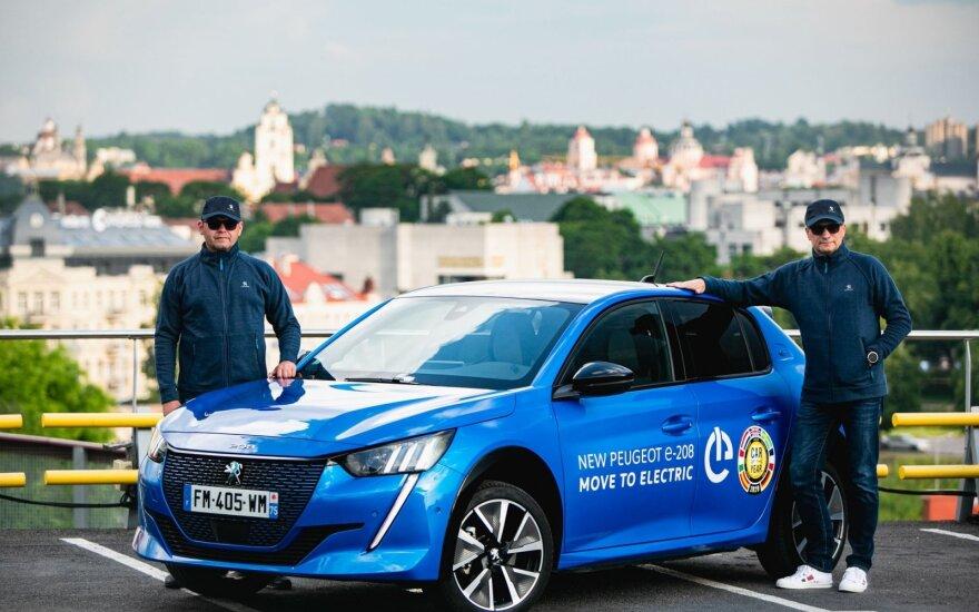 """Vitoldas Milius ir Aidas Bubinas startuoja elektromobilių varžybose su """"Peugeot"""""""