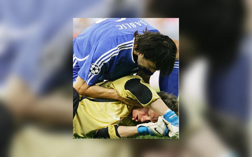 "Kijevo ""Dinamo"" vartininkas Oleksandras Rybka susižeidė"