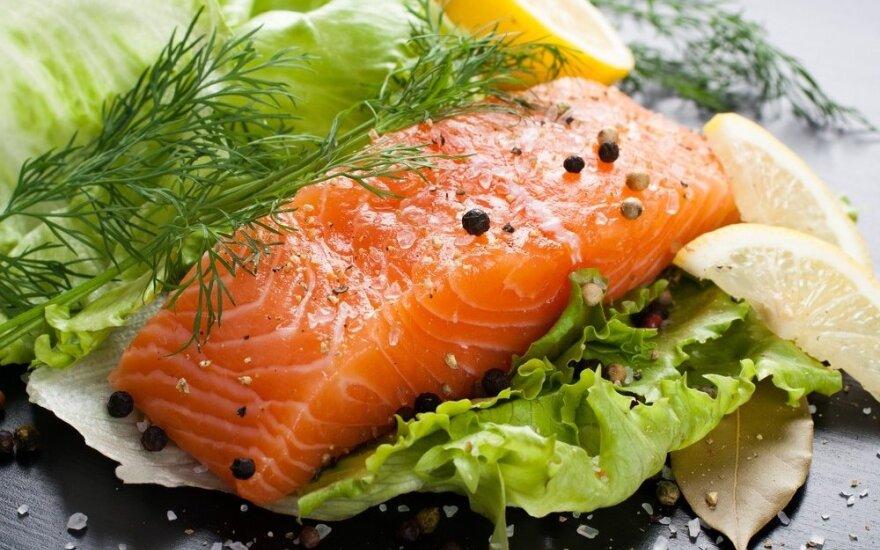 Lašišoje rado kaspinuočio lervų: ar saugią žuvį valgome?