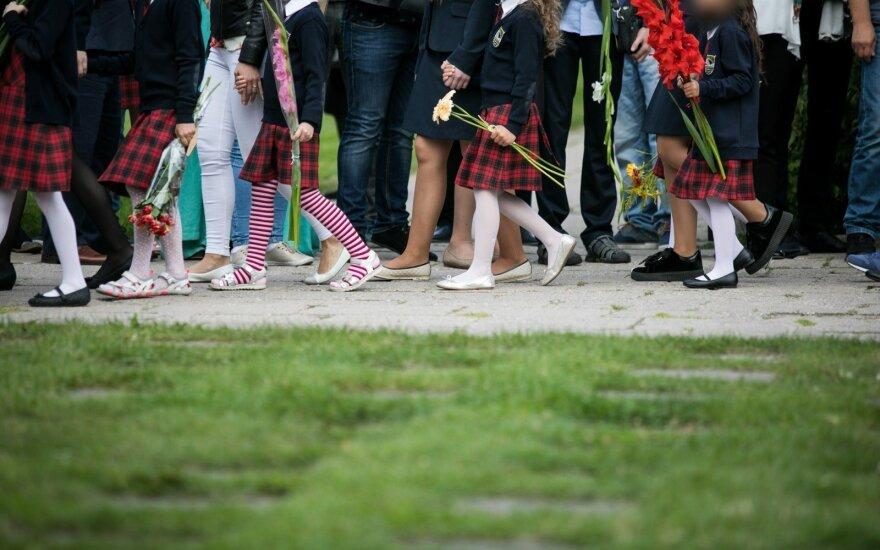 Vilniaus rajono gyventojai suglumę: mokyklos ir darželiai pustuščiai, bet vaikams vietos juose nėra