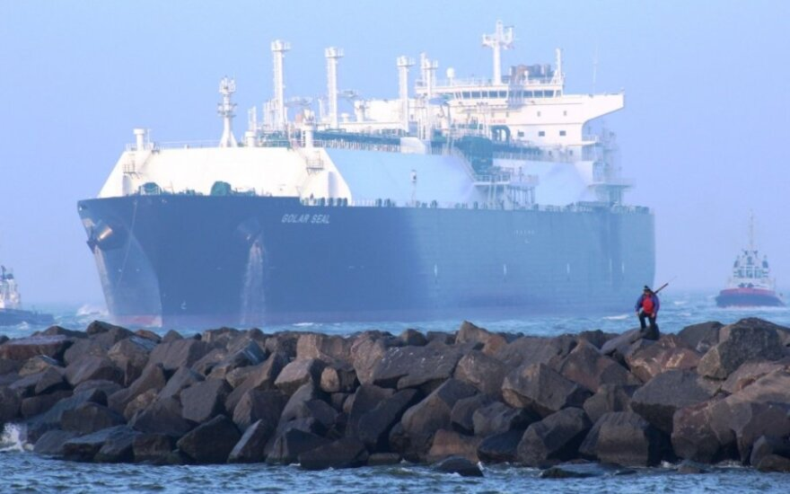 Test LNG cargo arriving in Klaipėda terminal