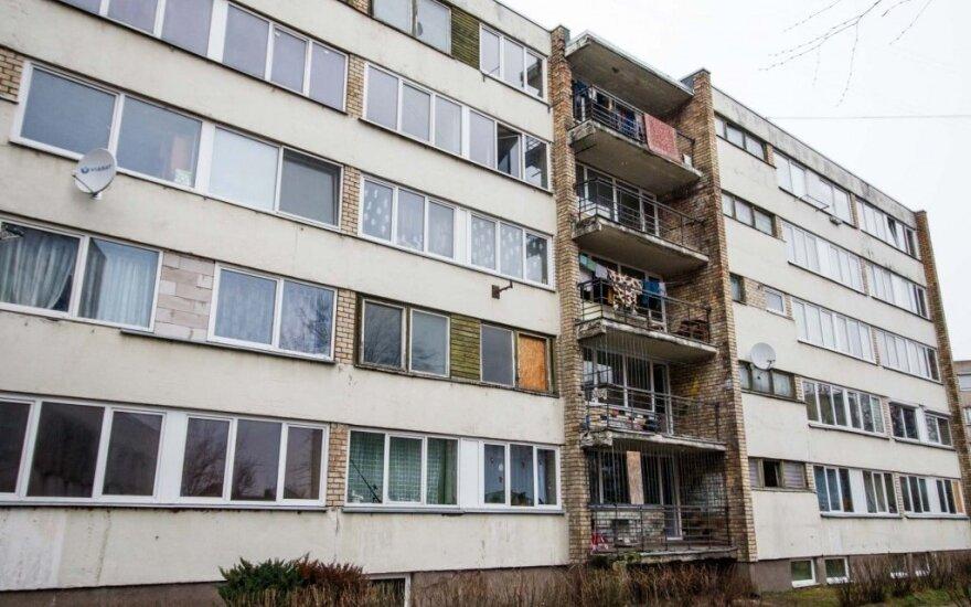 Liūdnai pagarsėjusio Kauno daugiabučio gyventojus sukrėtė tragedija