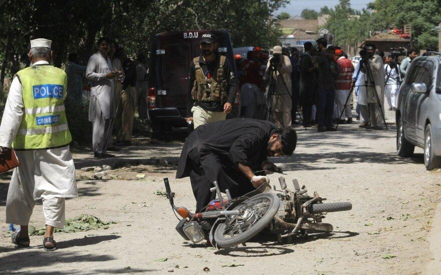 Pakistano pajėgos nukovė šešis kovotojus