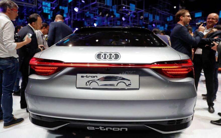 """""""Audi"""" ruošia kelis naujus """"e-tron"""" modelius (asociatyvi nuotr.)"""