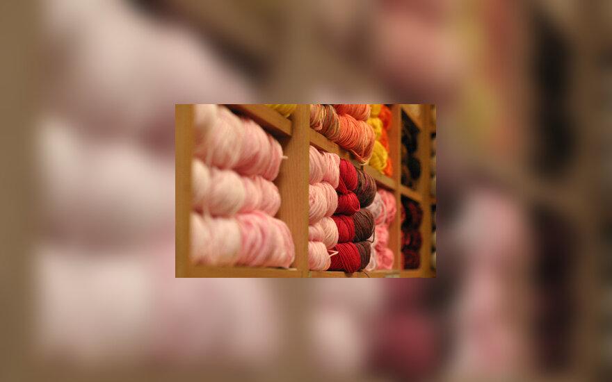 Siūlai, mezgimas, lentynos