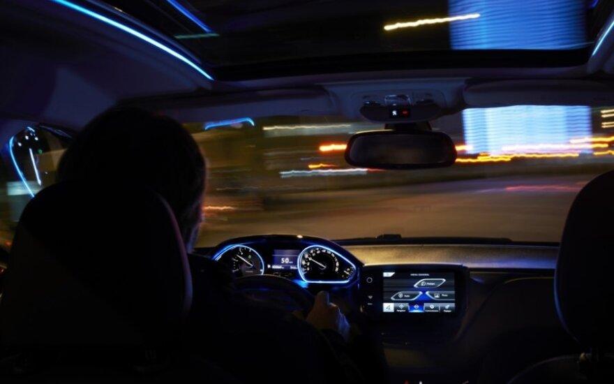 Peugeot 2008, vairuotojas
