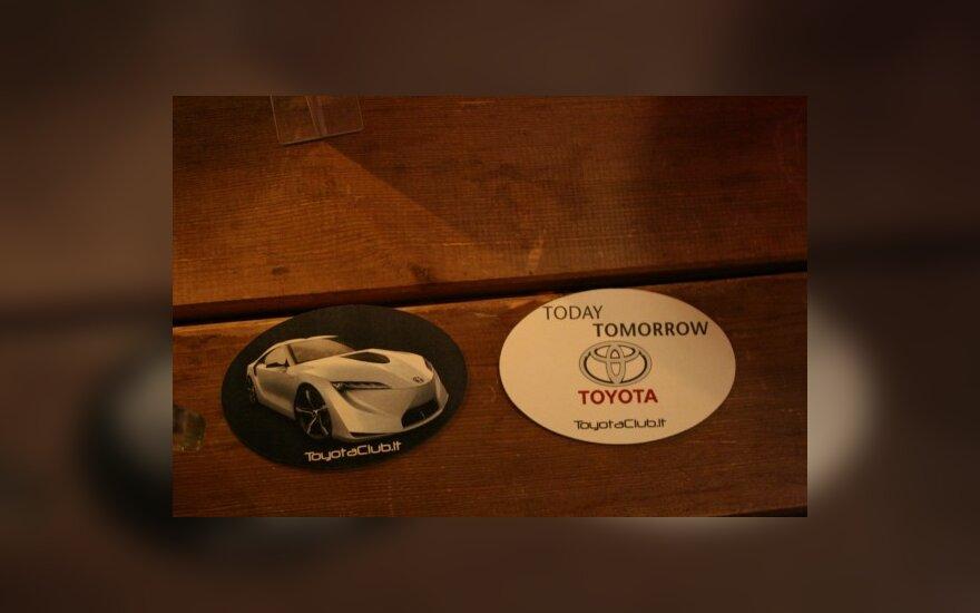 """""""Toyotos"""" gerbėjų klubas atšventė 2 metų gimtadienį"""