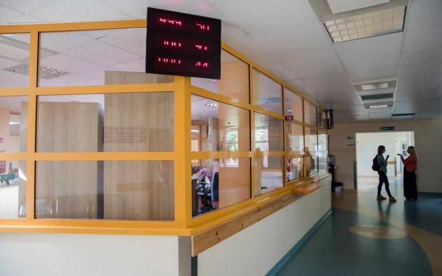 Panevėžio ligoninėje mirė vyras, kuris buvo rastas prie namo sužalotas