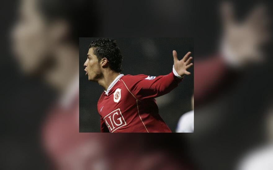 """Cristiano Ronaldo  (""""Man. United"""") džiaugiasi įvarčiu"""