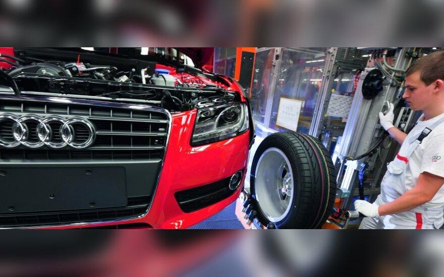 """""""Audi"""" šiemet dar labiau padidins gamybą"""
