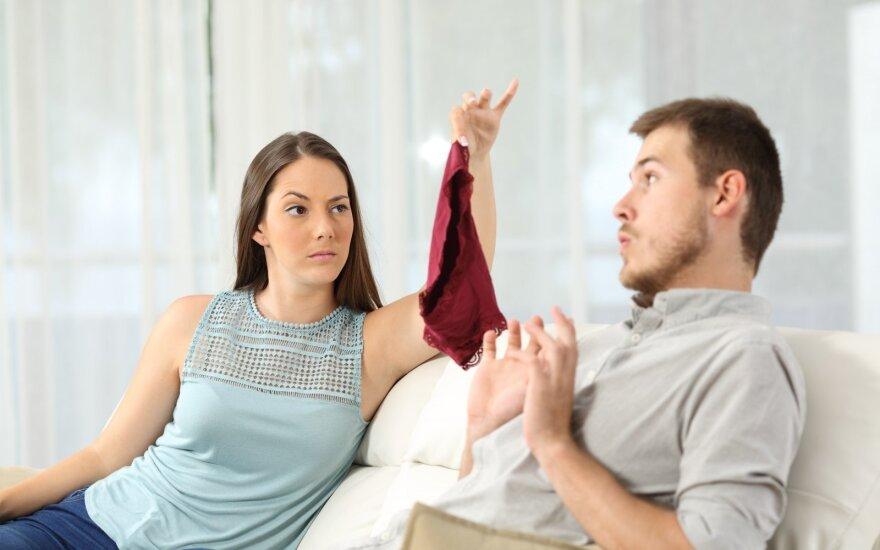 6 neištikimybės ženklai, kurių nepastebėjau, kai vyras mane apgaudinėjo