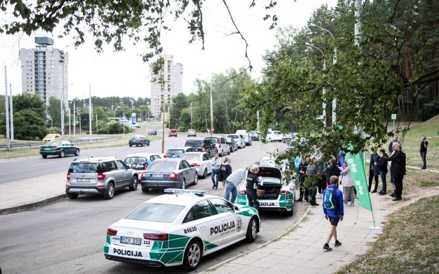 Sostinėje surengto reido metu vairuotojai stojo nestabdomi: norime, kad taip elgtųsi visi