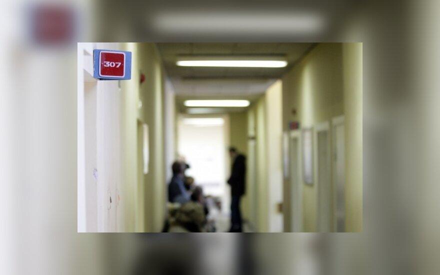 Reidas į poliklinikas: gydytis gali tik pensininkai ir turintieji laiko