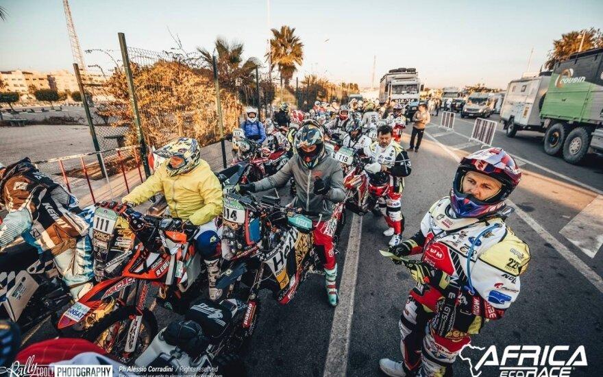 """""""Africa Eco Race 2019"""": pirmasis greičio ruožas. Rally Cool nuotr."""
