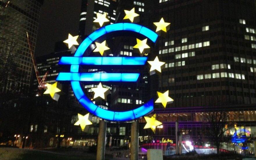 """Realybė: nuo euro krizės """"užkrato"""" neapsaugotas niekas"""