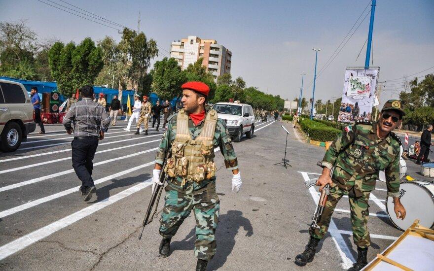 Iranas planuoja žengti penktąjį žingsnį pasitraukimo iš branduolinio susitarimo link