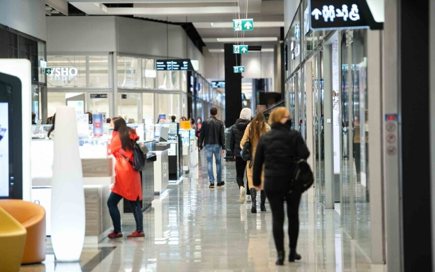 Restrictions may be imposed on shopping centers if they fail to limit shopper flows