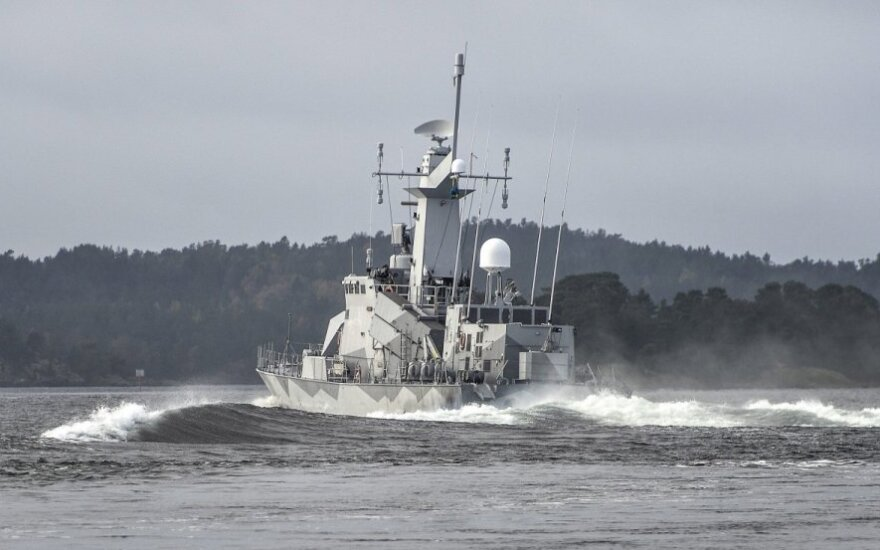 Sweden is looking for a mysterious submarine spotted near Stockholm