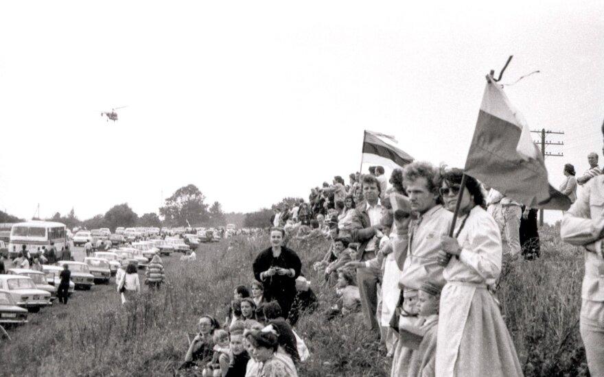 """Baltijos valstybių surengta akcija """"Baltijos kelias"""""""