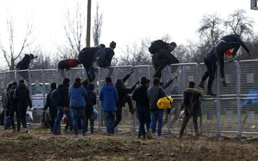Į šalį besiveržiantiems migrantams Vokietija šįkart pasiuntė visai kitokią žinią