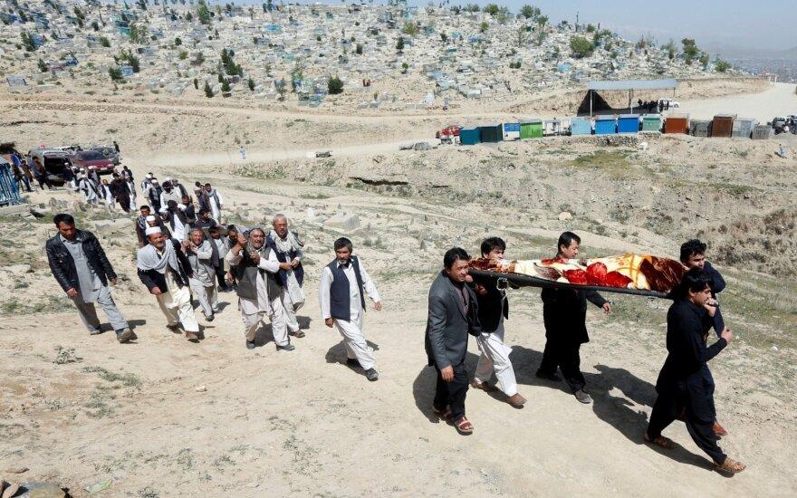 Afganistano Talibanas paskelbė metinio pavasarinio puolimo pradžią
