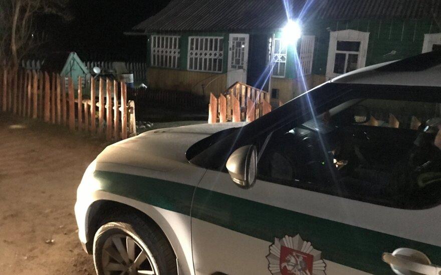 Vilniaus rajone rastas nužudytas vyriškis: įvykio vietoje pareigūnai sulaikė įtariamąjį