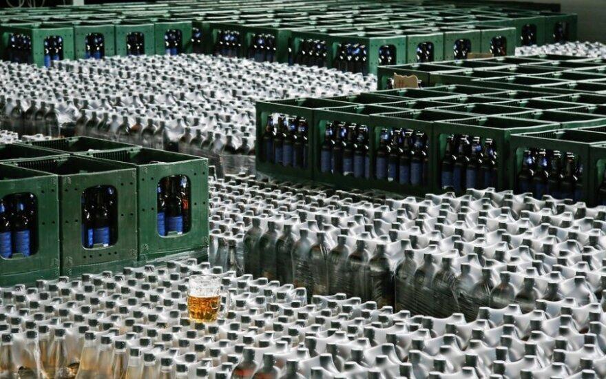 A.Matulas siūlo 2 proc. didinti akcizus alkoholiui