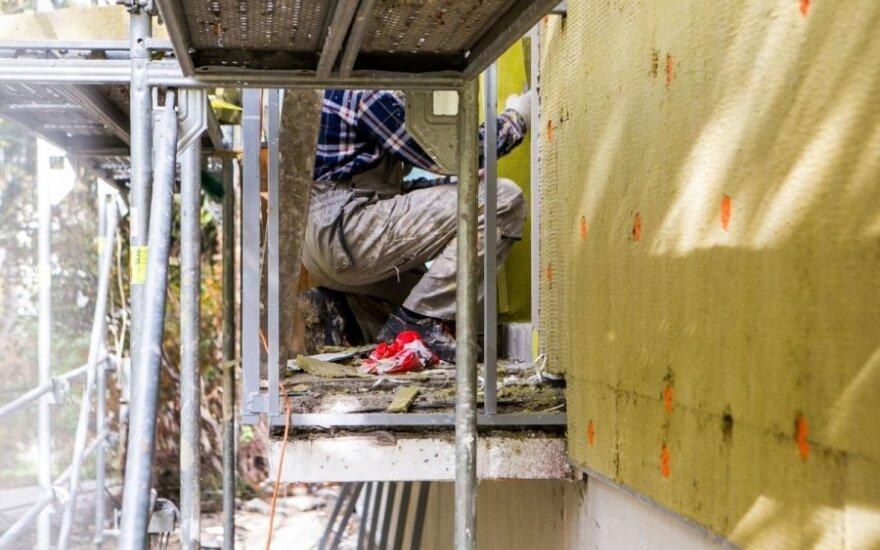 Mokslininkas paaiškino, koks šiuolaikinių statybinių medžiagų poveikis žmogaus sveikatai