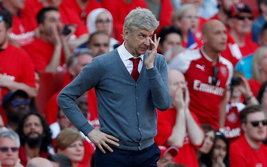 """Londonas ištarė """"Merci"""": už 22 metus darbo """"Arsenal"""" atsidėkojo Wengerui įspūdinga pergale"""