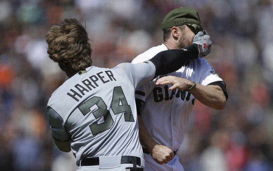 MLB lygoje – žaidėjų pykčio protrūkis ir muštynės