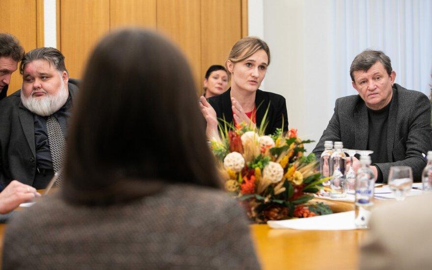 Žmogaus teisių komiteto nariai: per karantiną reikia vengti perteklinių draudimų