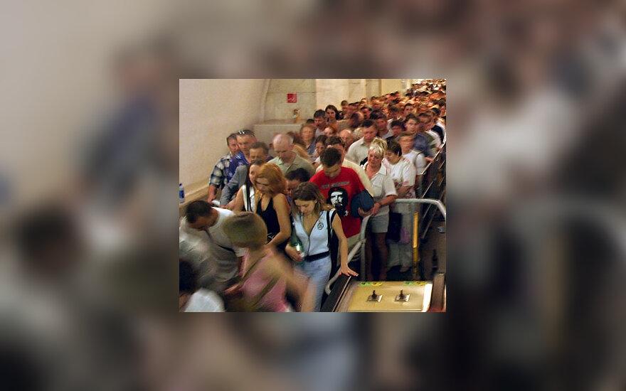 Žmonių spūstis Maskvos metro