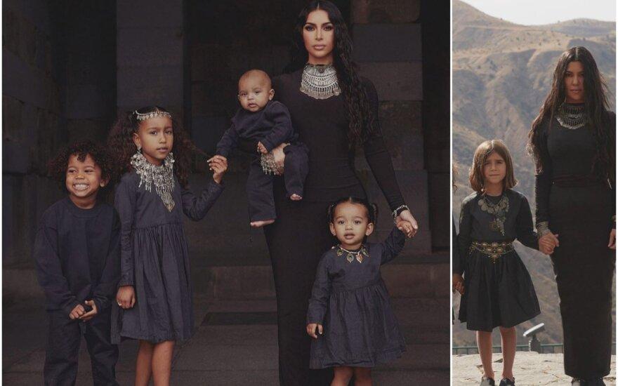 Kim ir Kourtney Kardashian su vaikais