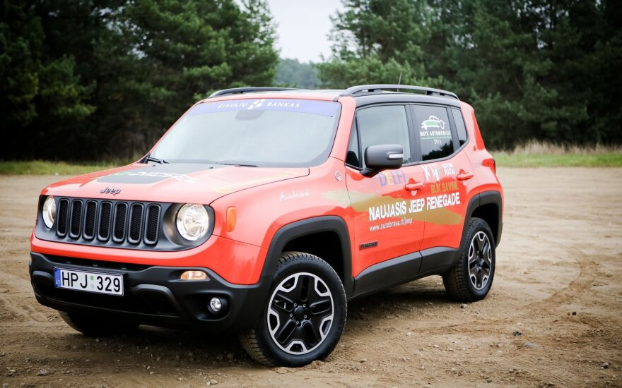"""Jeep"" pardavimai lapkritį augo 50 proc."